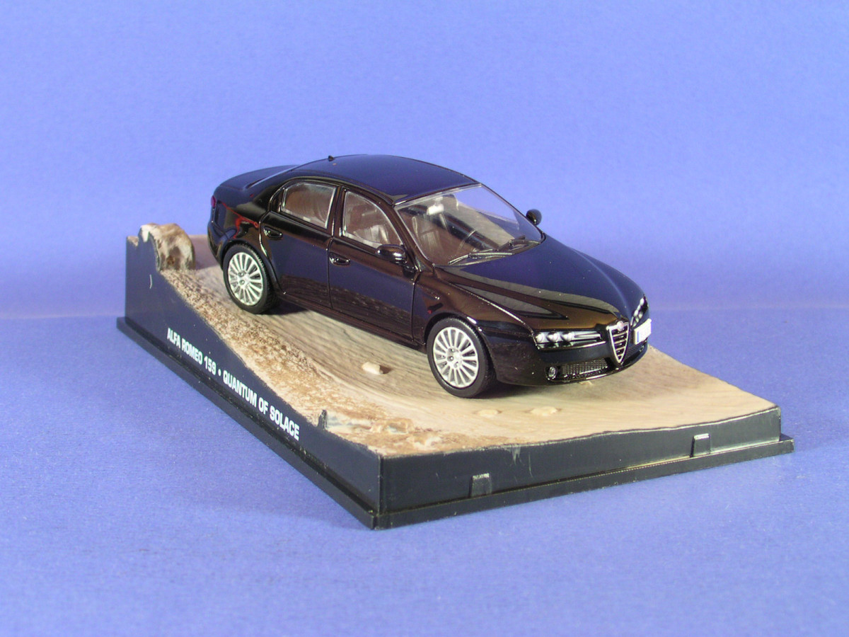 James Bond Quantum Of Solace Alfa Romeo 159 1 43 176 Die
