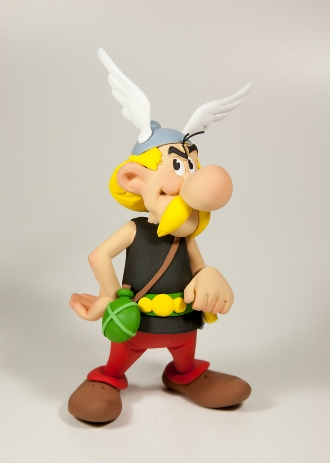 Figurine Faribole - Astérix - Décembre 2015 Asterix-statuette-resine-fariboles-1