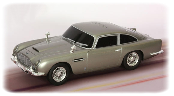 james bond skyfall aston martin db5 v hicule 23 cm. Black Bedroom Furniture Sets. Home Design Ideas